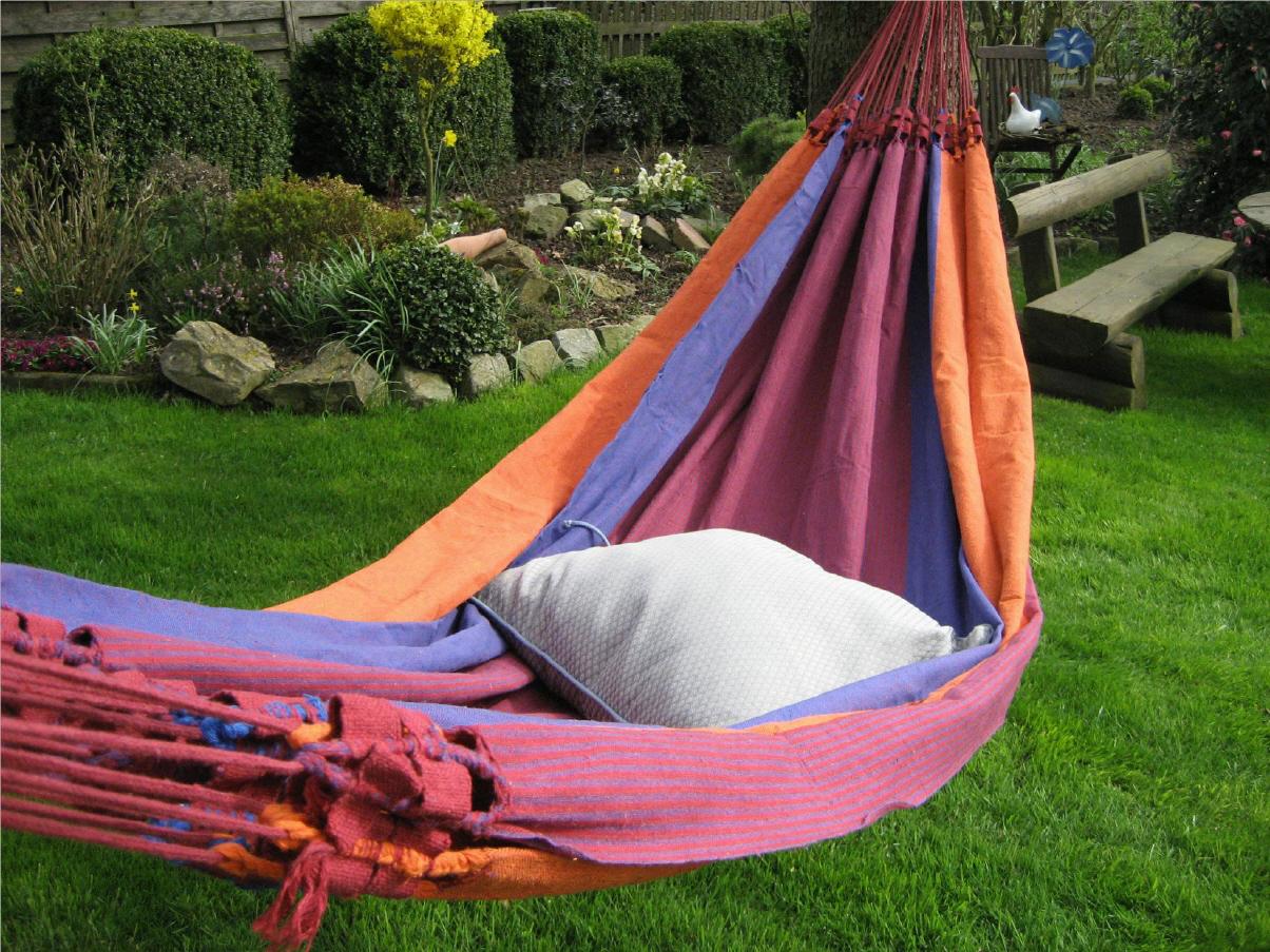 wellness im garten. Black Bedroom Furniture Sets. Home Design Ideas